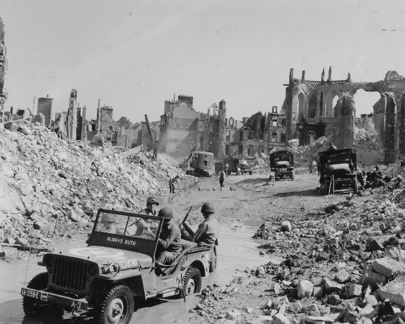 298th Engineers Clear Rubble In Valognes France Normandy ...