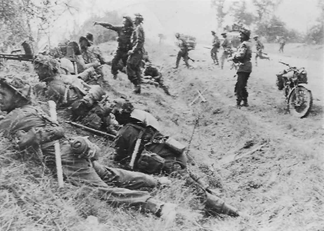 British Troops Break Through Caen France Normandy 1944
