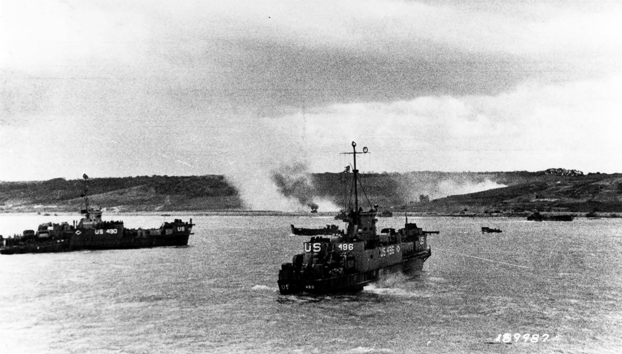 USS LCI(L)-490 and USS LCI(L)-496 approach Omaha Beach
