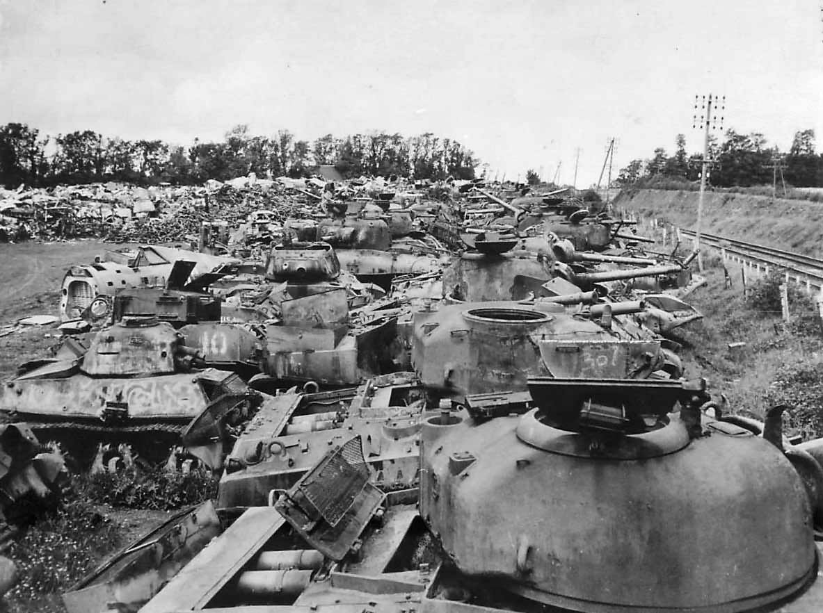 Wreckage_of_American_and_German_Tanks_of