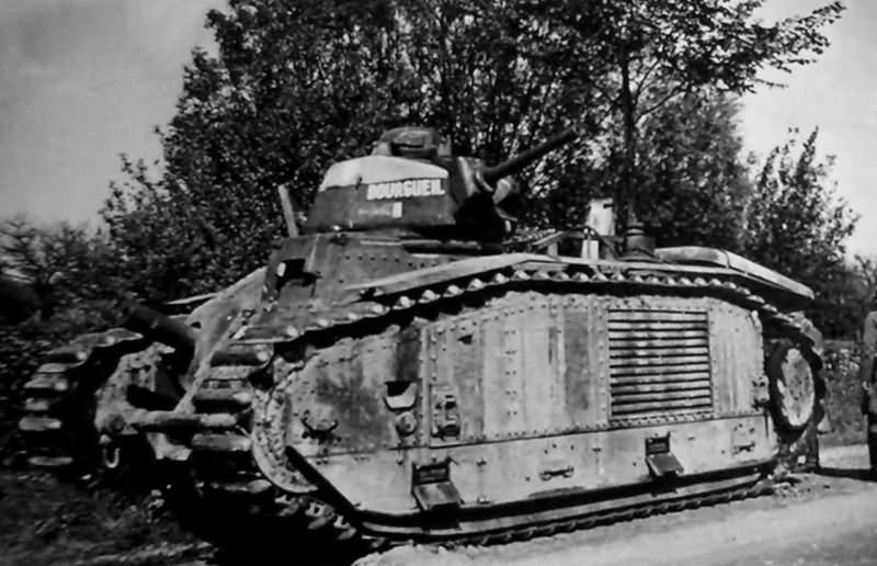 B1 bis tank #355 of the 28th BCC named BOURGUEIL 3