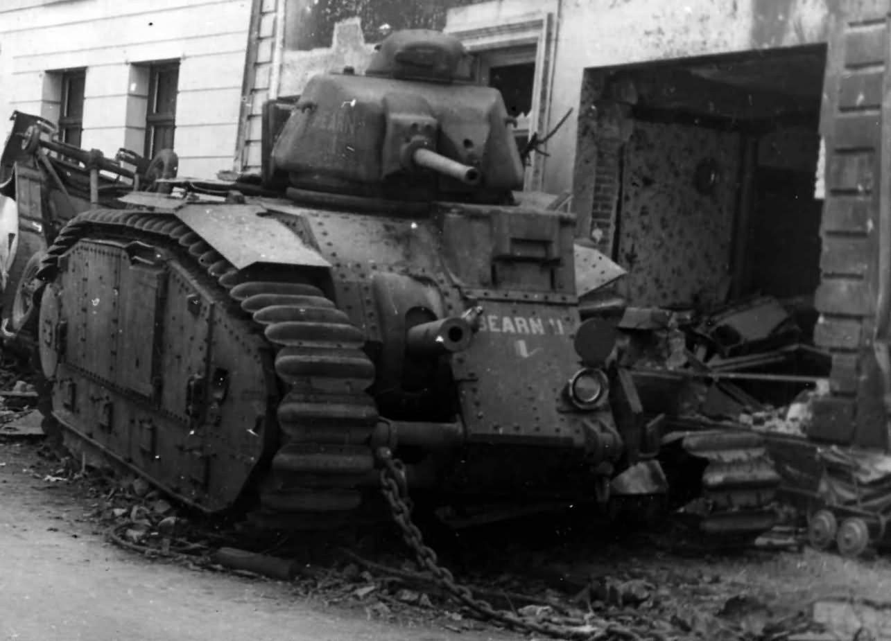 B1 bis tank #401 of the 37th BCC named Bearn II – Beaumont rue Madame, Belgium 1940