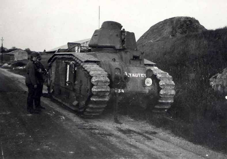 B1 bis tank number 484 of the 46th BCC named Lyautey