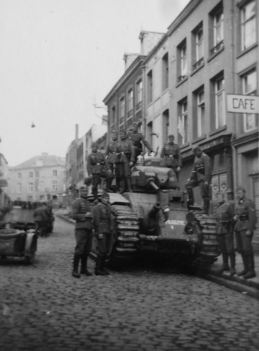 B1 bis tank number 332 of the 37th BCC named Marne front view, Beaumont rue Madame, Belgium 1940