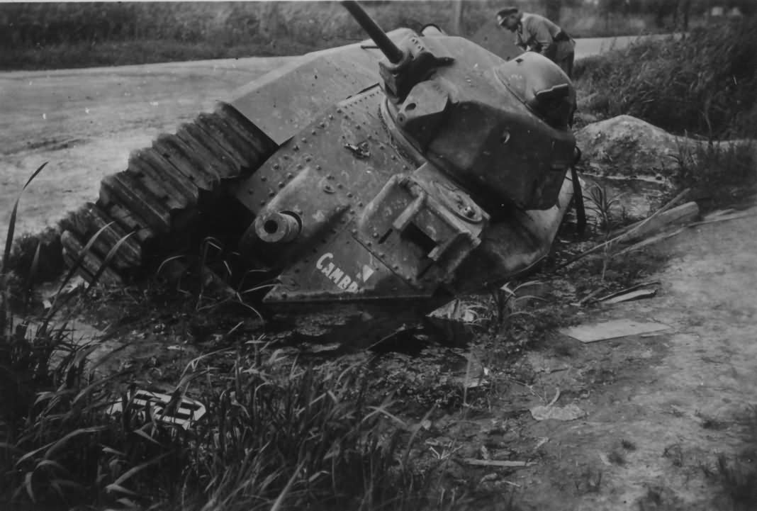 Char B1 bis tank number 455 of the 46th BCC named Cambronne