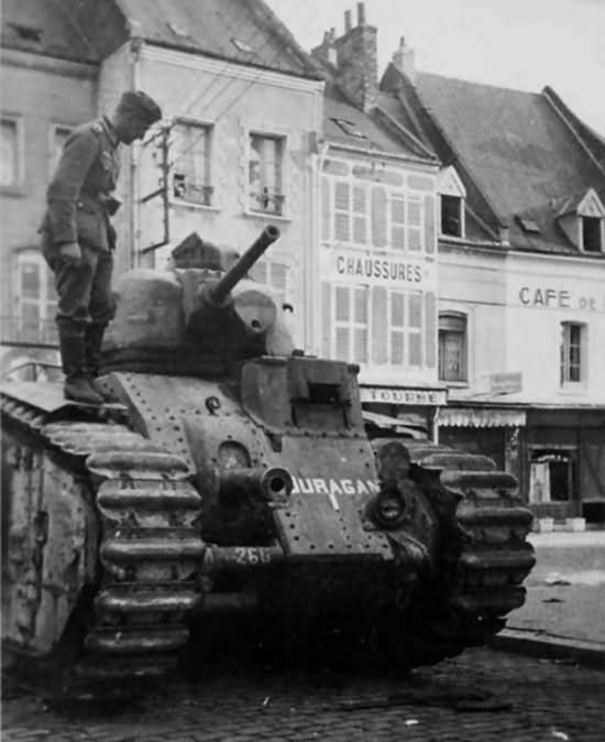 Char B1 bis number 260 named Ouragan of 8th BCC