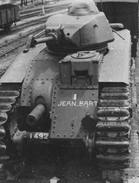 Char B1 bis number 492 of 28th BCC named Jean Bart