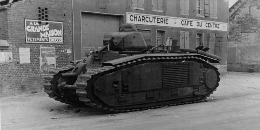 Char B1 bis side view