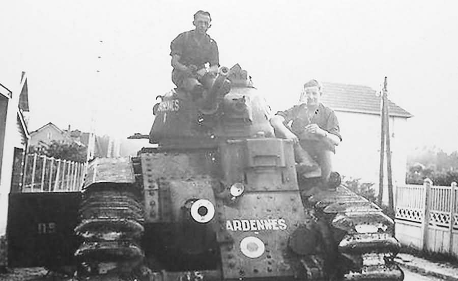 Char B1 bis tank named ARDENNES number 115