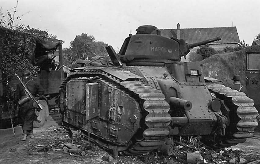 French Char B1 bis Tank 203 named MAROC of 15th BCC on street 1940