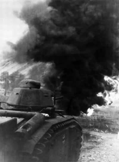 Flammpanzer Panzerkampfwagen B2 740(f) 11