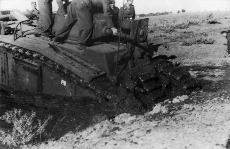 Flammpanzer Panzerkampfwagen B2 740(f) 7
