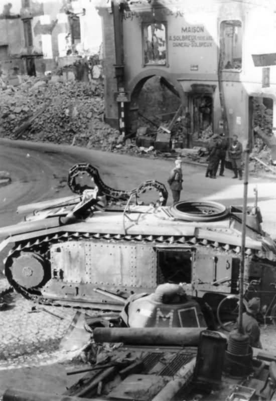 B1 bis tank in Beaumont destroyed