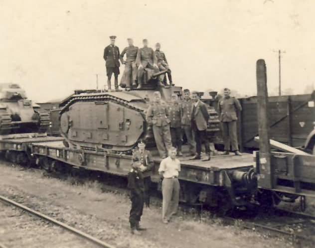 Char B1 bis tank rail transport