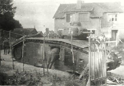 French Char B1 bis tank 7