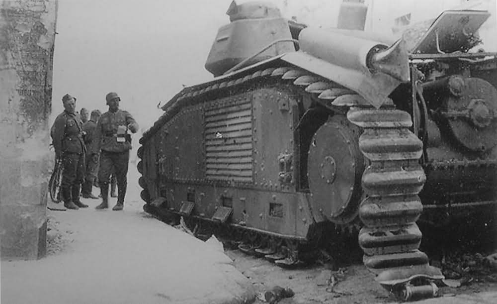 knocked out Char B1 bis tank