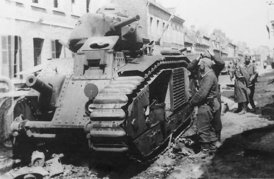knocked out Char B1 bis tank 2