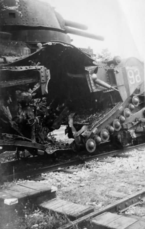 "Char 2C number 98 ""Berry"" of the 51e Bataillon de Chars Lourds – Meuse 1940"