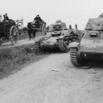 Hotchkiss H-35 and Renault R-35 tanks captured intact