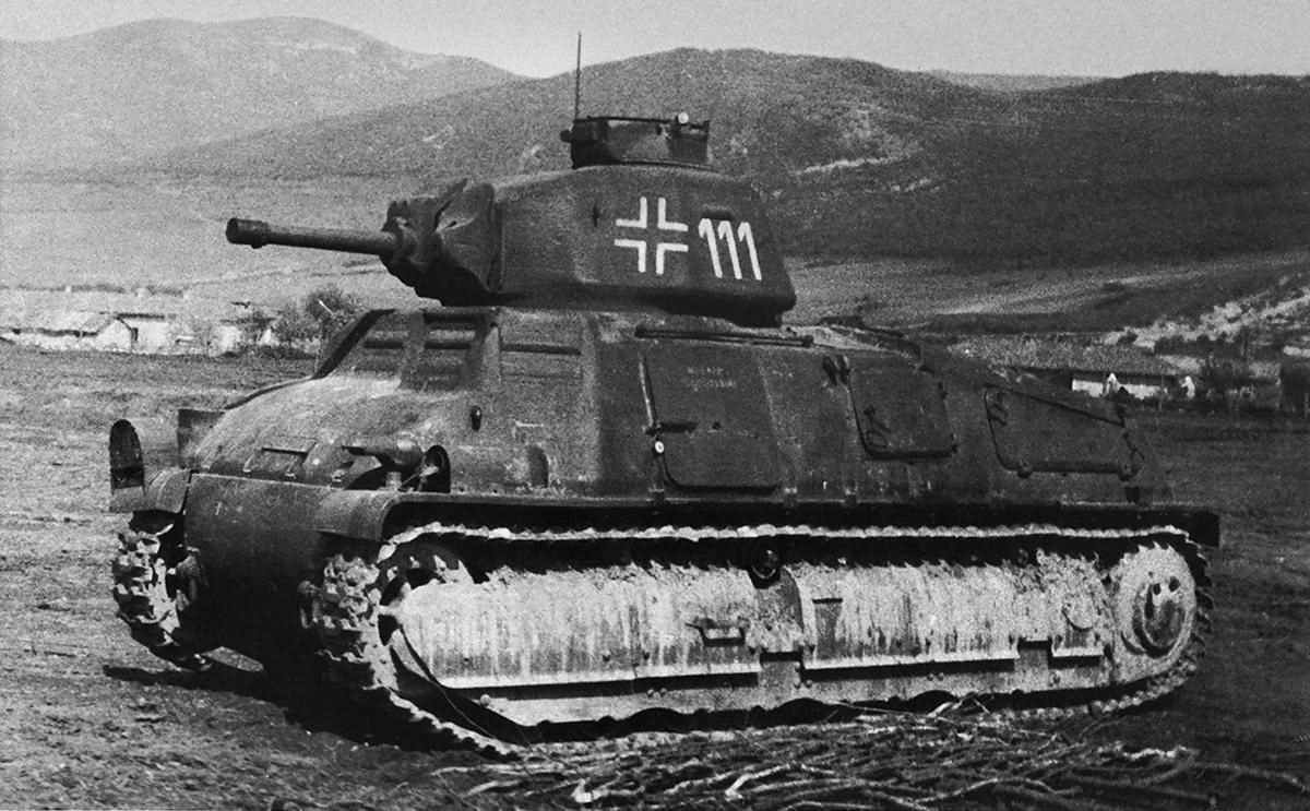 German Somua S-35 number 111 of the Panzer-Regiment 204, Crimea 1942
