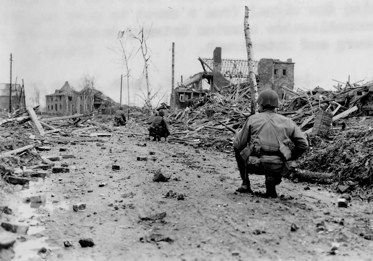 35th Infantry Division 137th Infantry Regiment Patrol at Unterbach Germany 1945