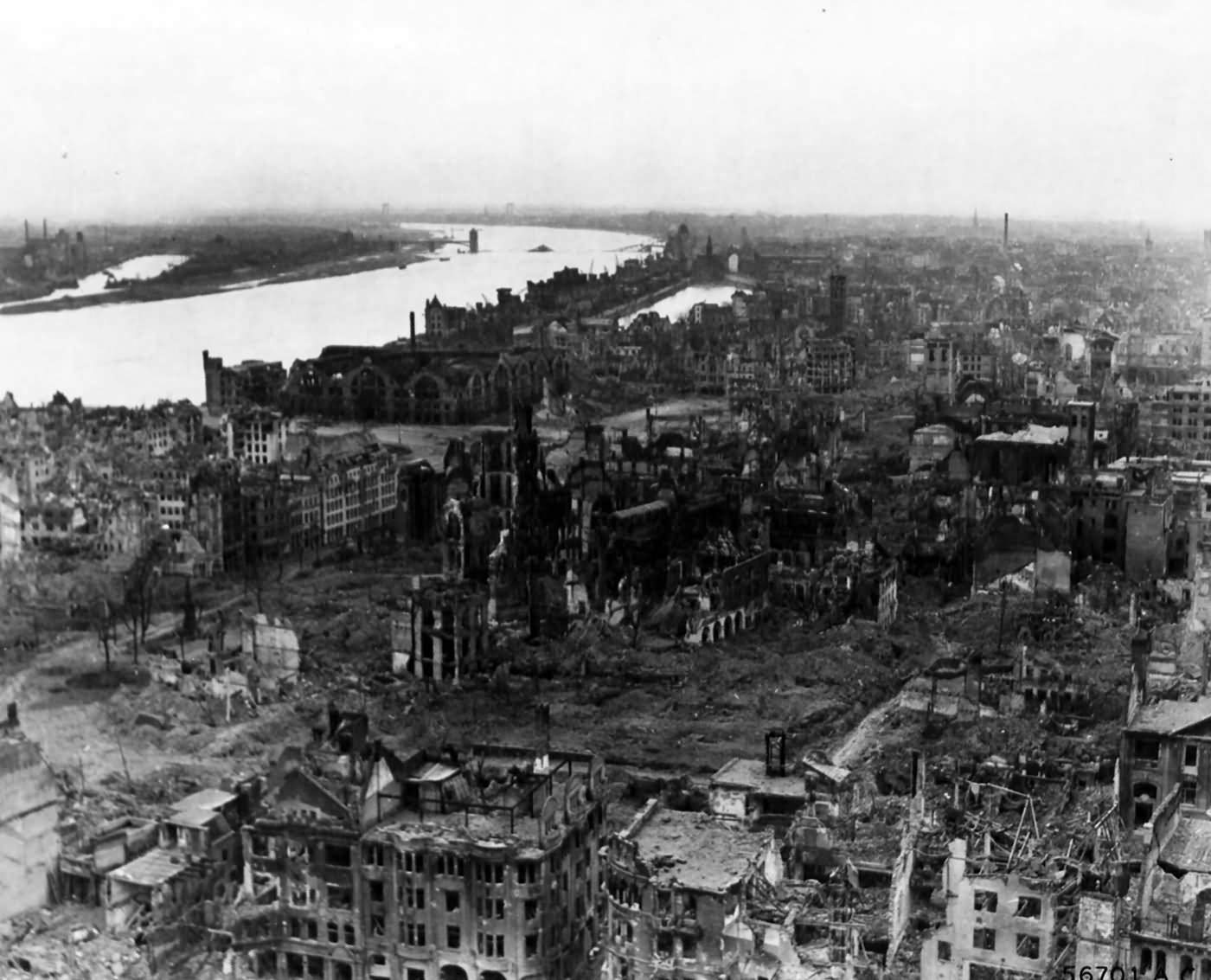 A panoramic view of the city of Köln (Cologne) 1945