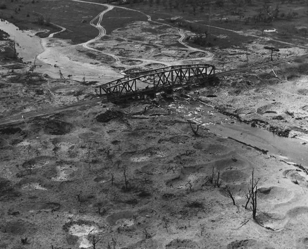 Aerial view Sinzig Rail Bridge Gruner Weg 1945