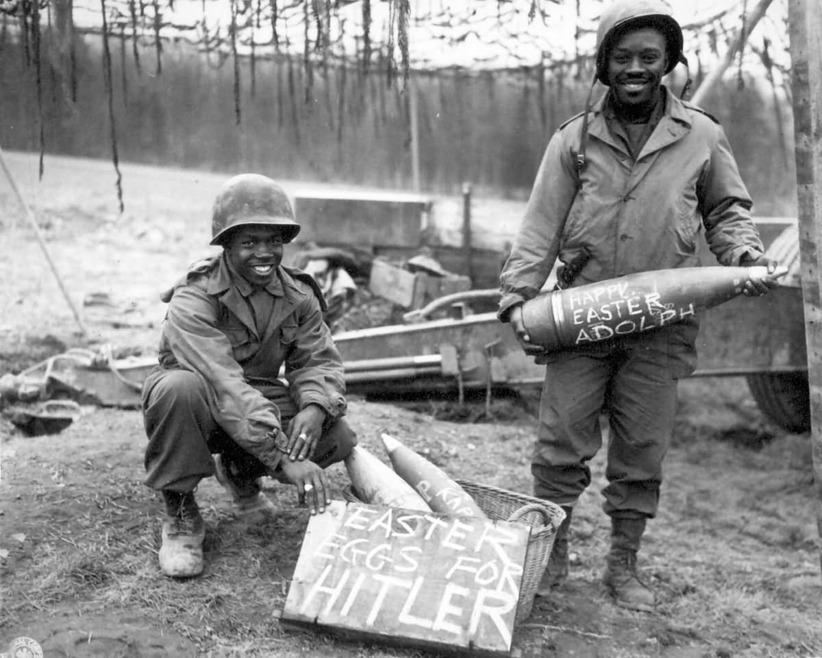 American Cannon Sends Adolph Hitler An Easter Sunday Surprise Gift 1945