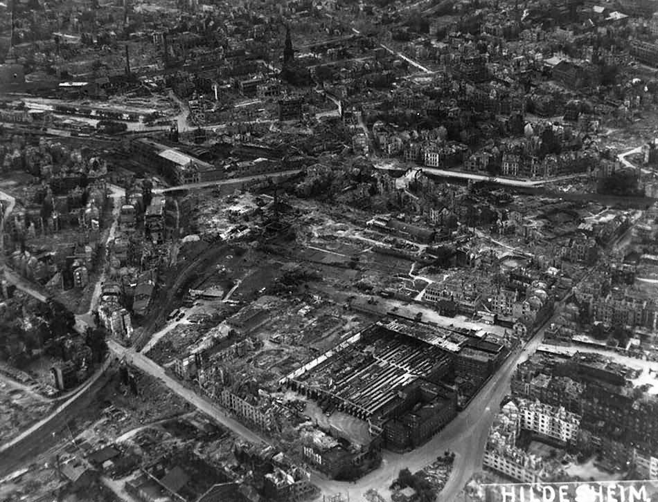 Bochum aerial view strassenbahn depot st marien kirche for Depot 2 berlin