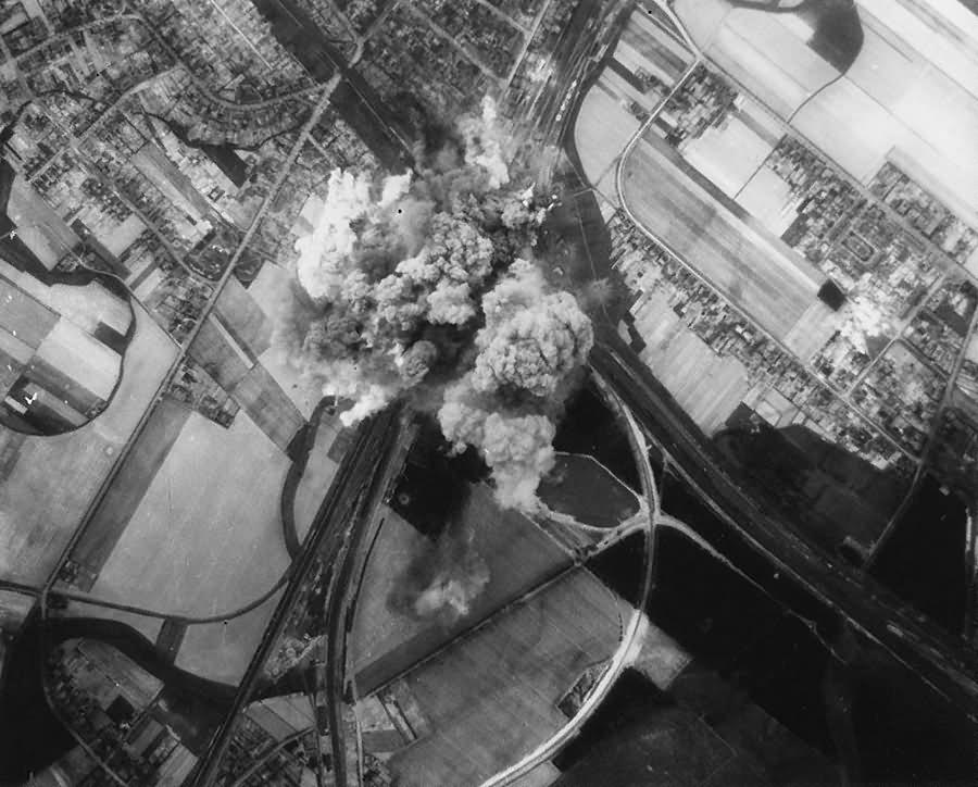 Bombing Falkenberg Elster Brandenburg 18 4 1945