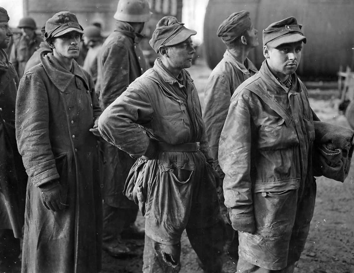 Captured By 3rd Army German Prisoners Pows Lucherberg Germany December 1944