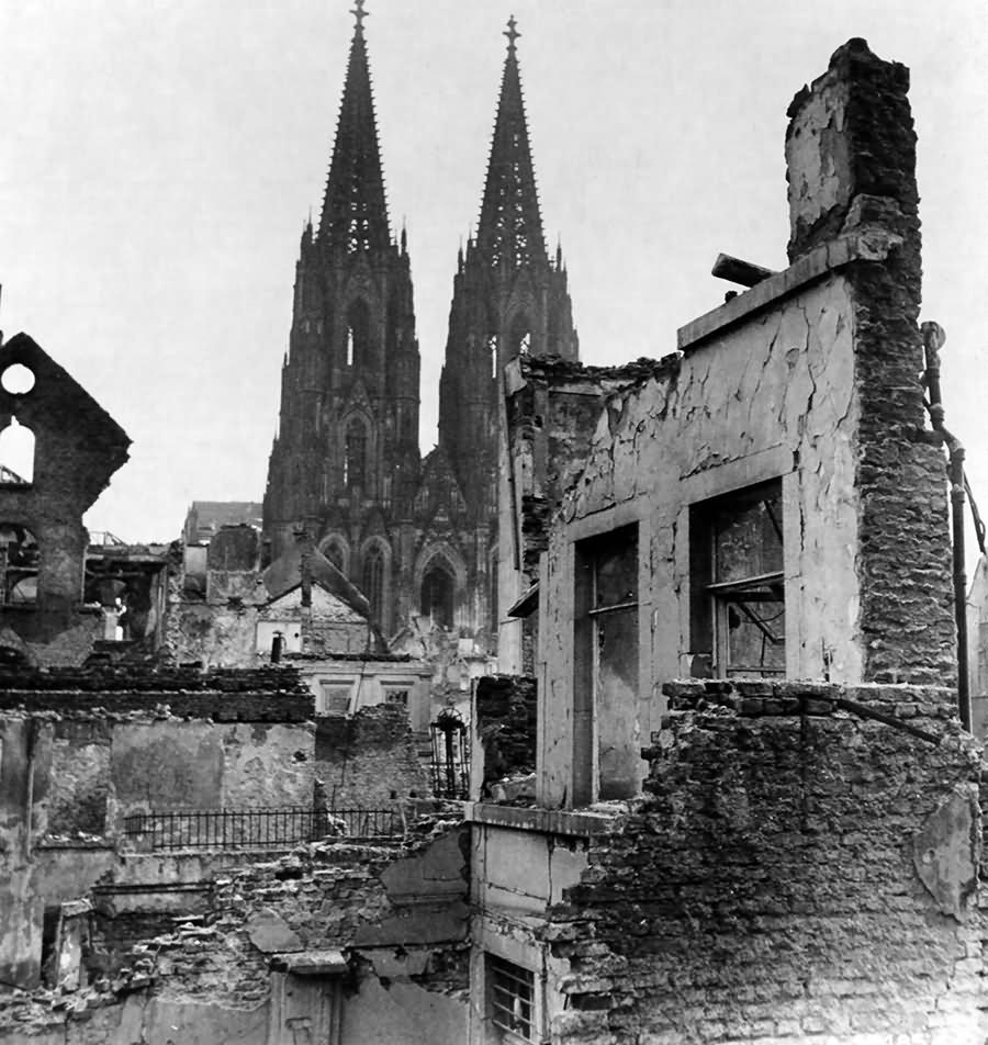 Cathedral Köln (Cologne) 1945