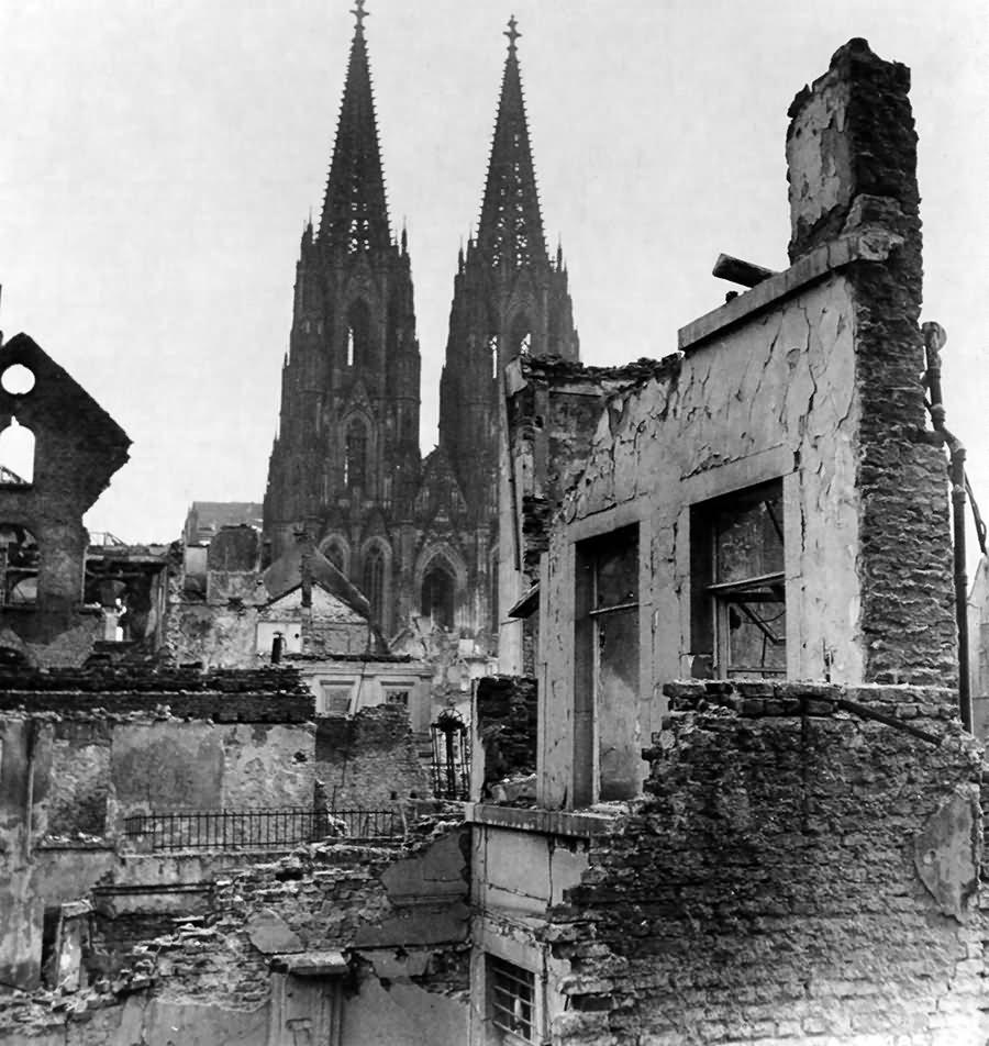 Cathedral Köln (Cologne) 1945