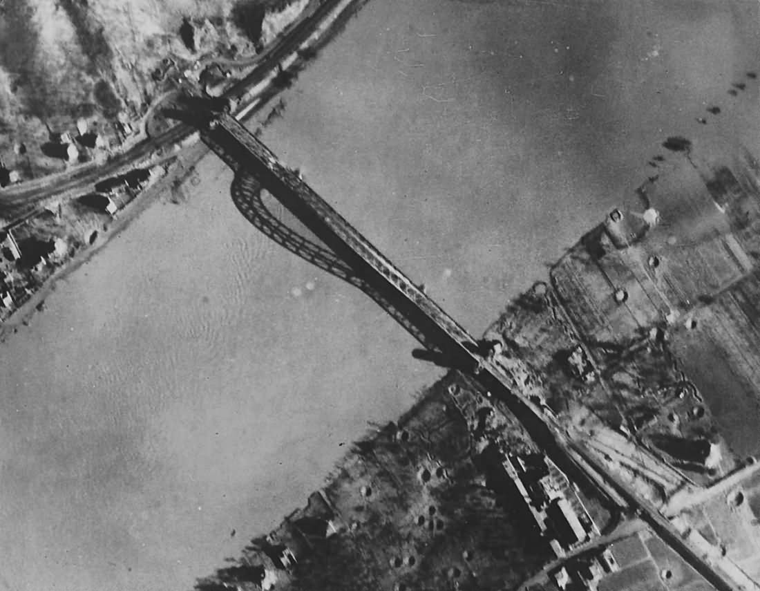 Rhine bridge at Remagen 1945