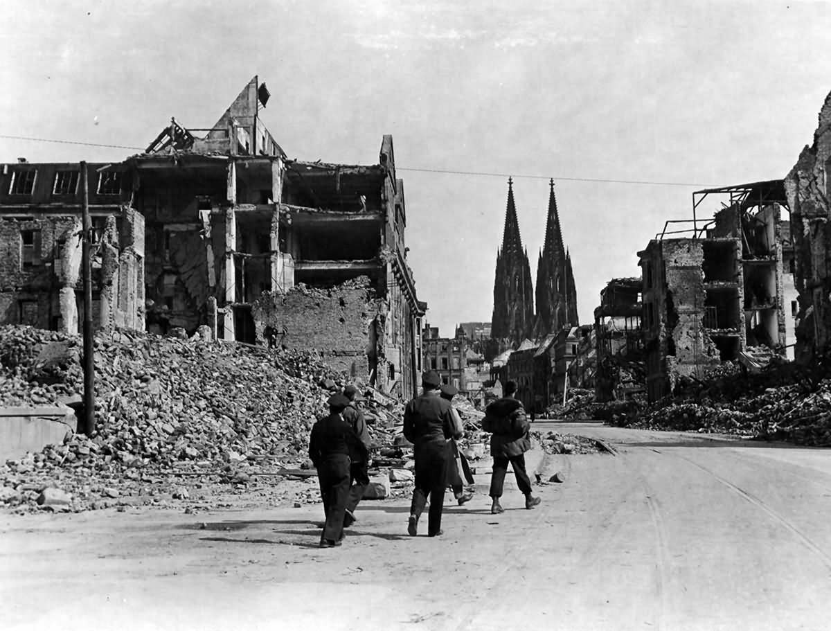 Ruined Streets Of Köln