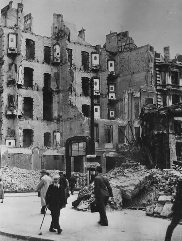 Ruins of Berlin Potsdamer Strasse Platz U Bahn Station 1945