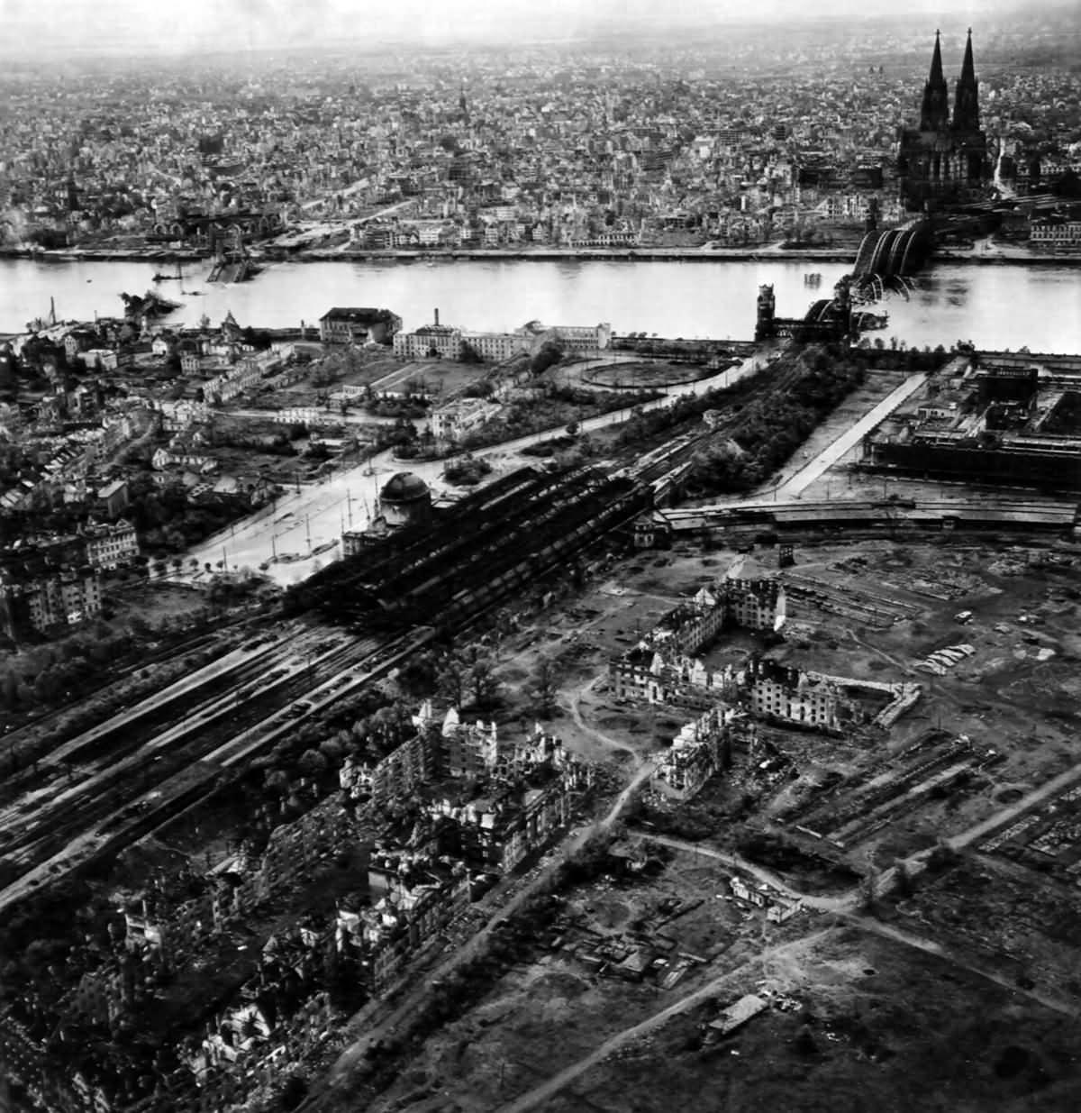 Ruins of Köln 1945