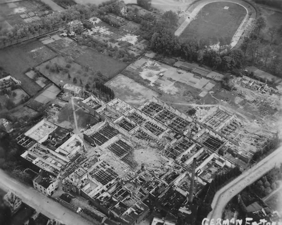 Ruins of Mönchengladbach Bungt Alte Radrennbahn Mai 1945