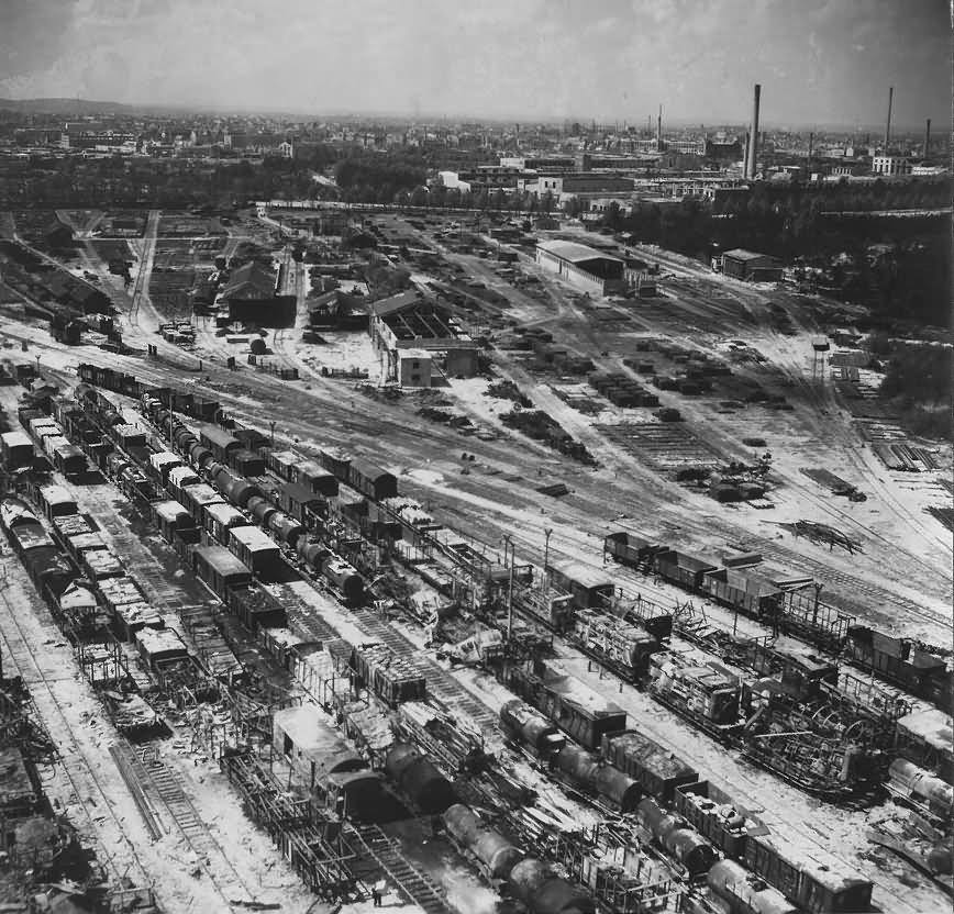 Ruins of Nürnberg (Nuremberg) Sud Hasenbuck Rangierbahnhof 1945