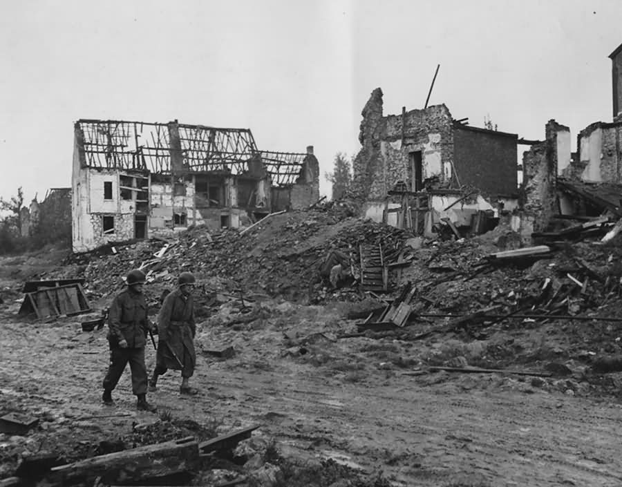US Army Soldiers In Aachen Forst 18 October 1944