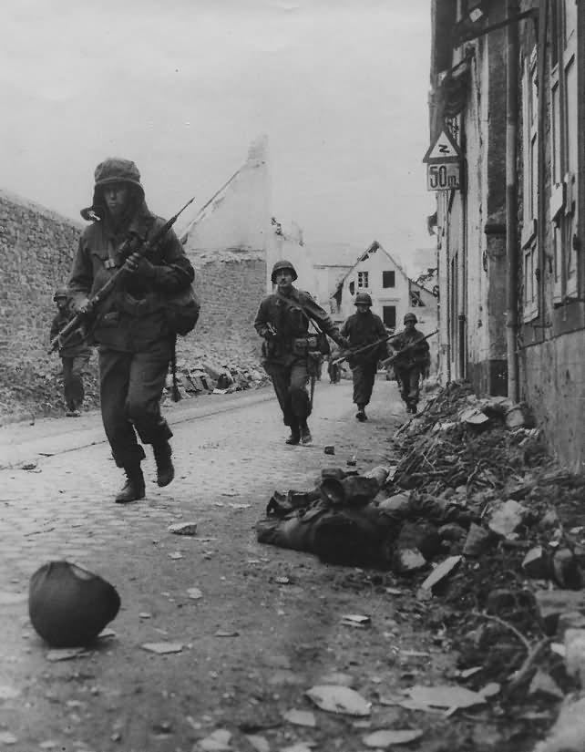 US Army in Koblenz Moselweiss Koblenzer Strasse Bahnhofsweg March 1945