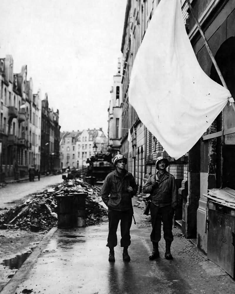 White Flag Alley Cologne 1945