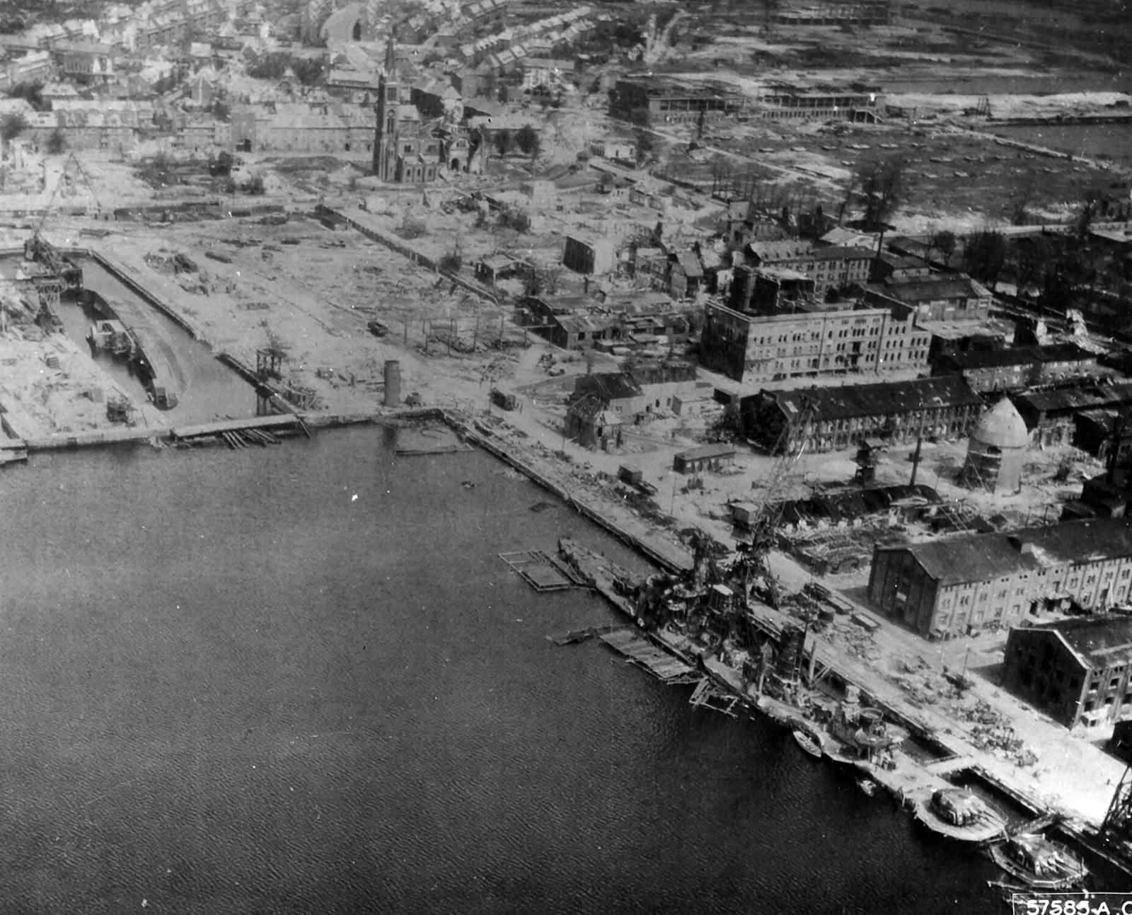 Wilhelmshaven Shipyards In Ruins 1945