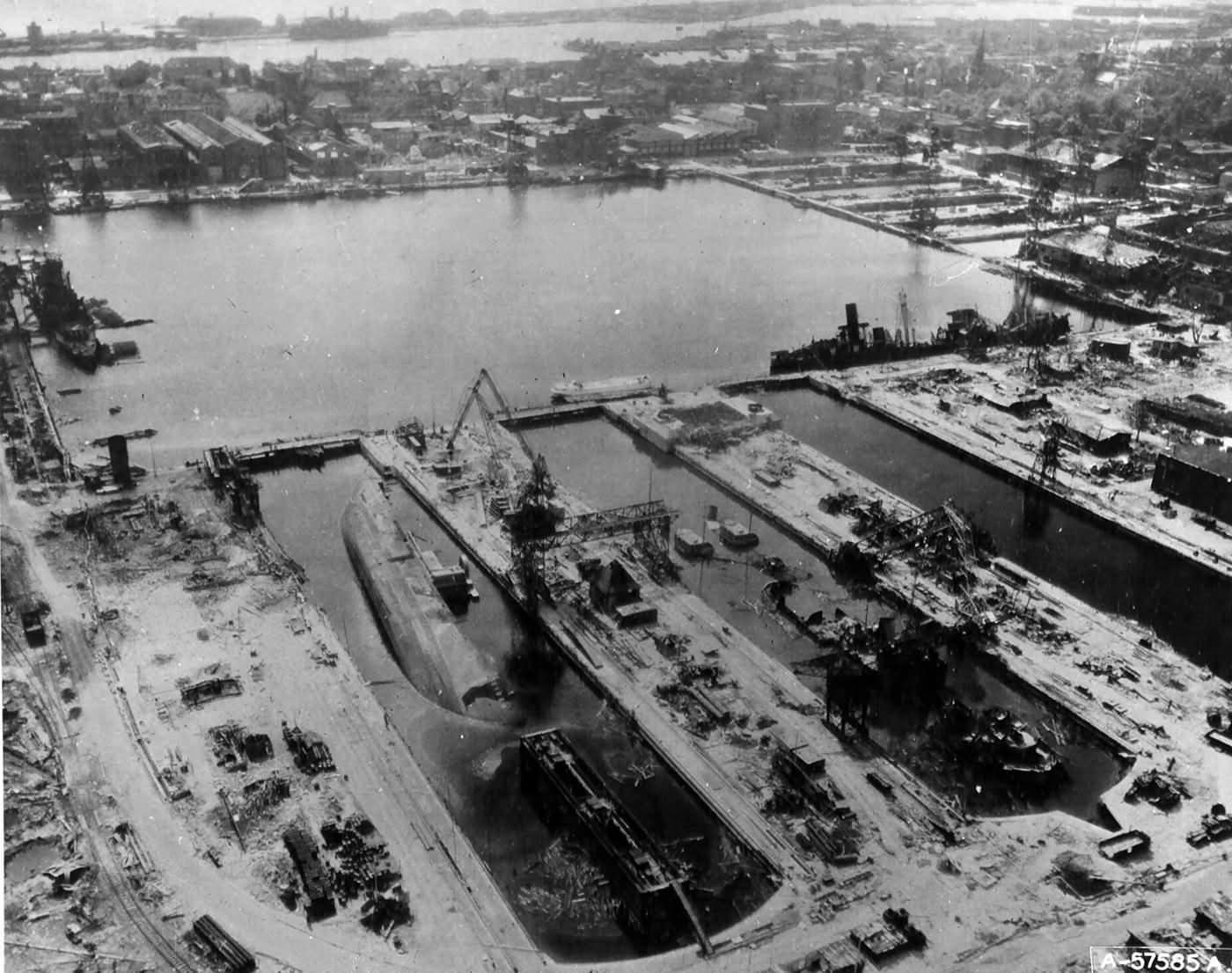 Wilhelmshaven Shipyards Wrecked