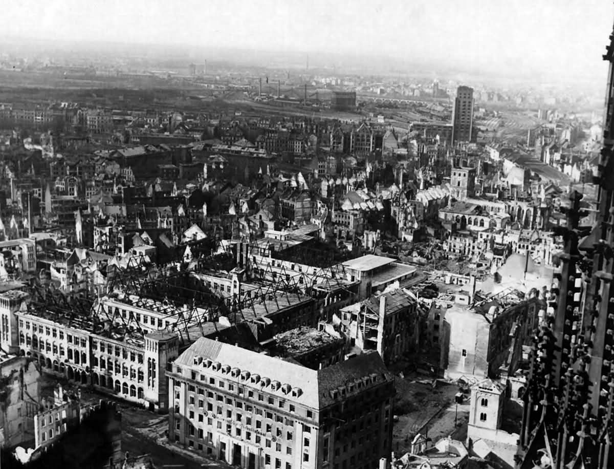 damaged section of Köln (Cologne) 1945
