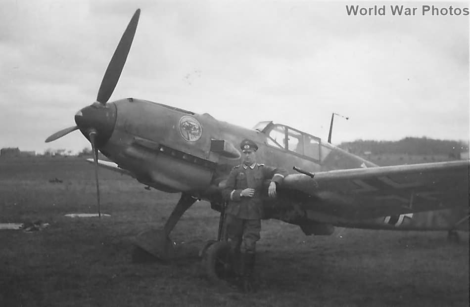 Bf109E-7 of the JG51