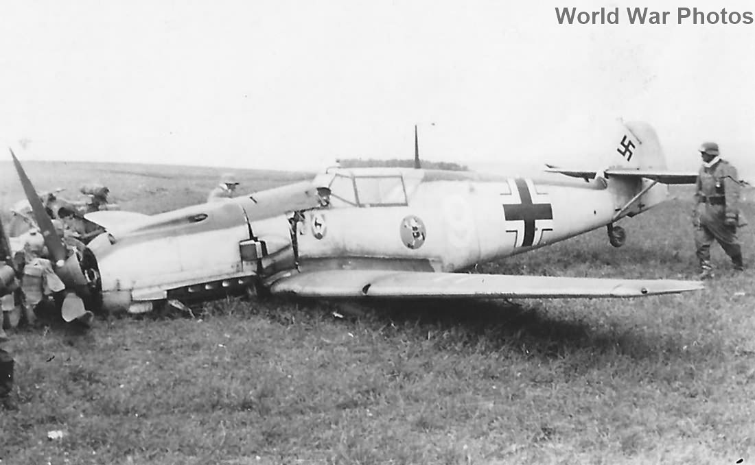 "Bf109E ""White 9"" of the 1/JG 51"