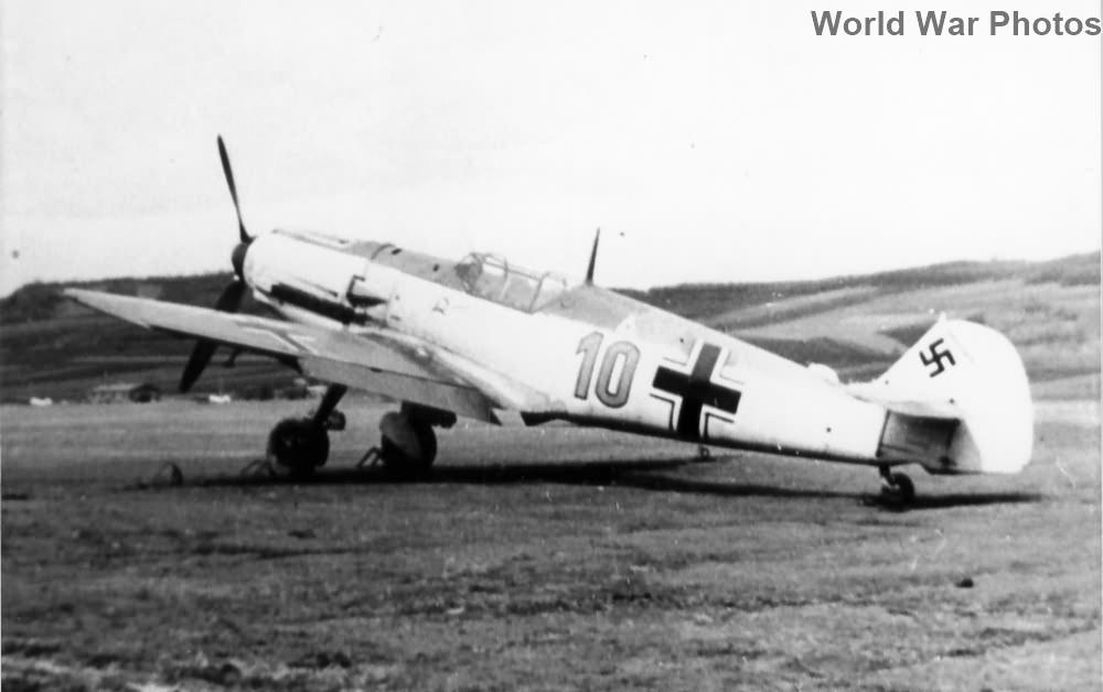 "Bf109E ""10"" of the JG 2"