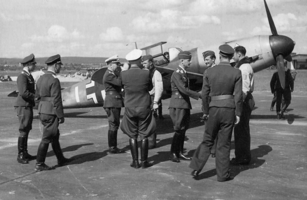 "Bf109F from Jagdgeschwader 53 ""Pik As"" 1941"