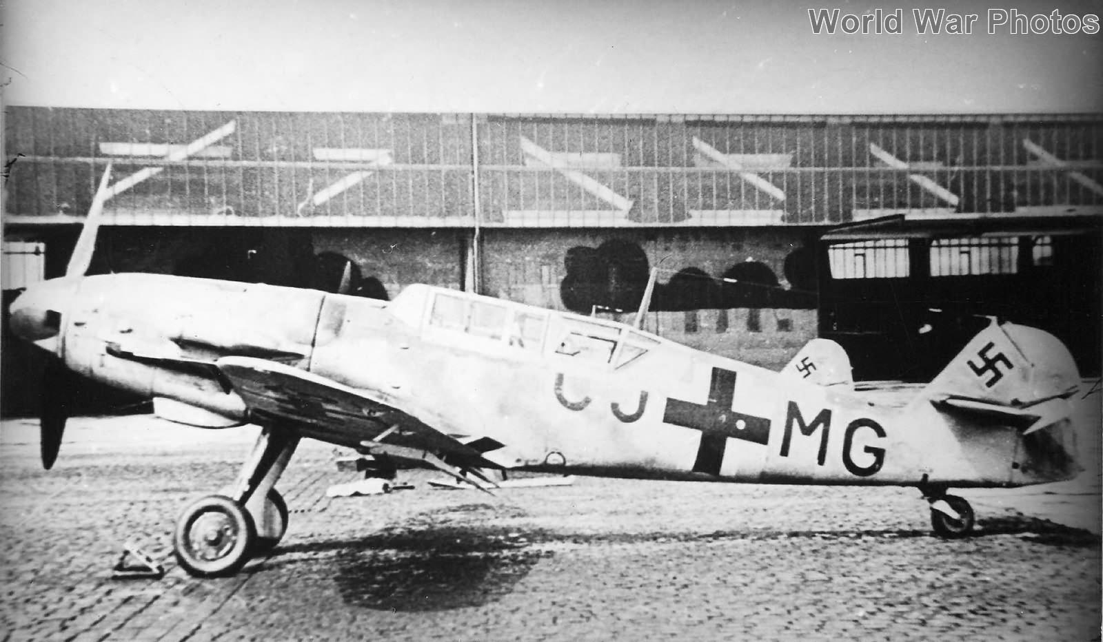 Bf109V52 G-12 GJ+MG